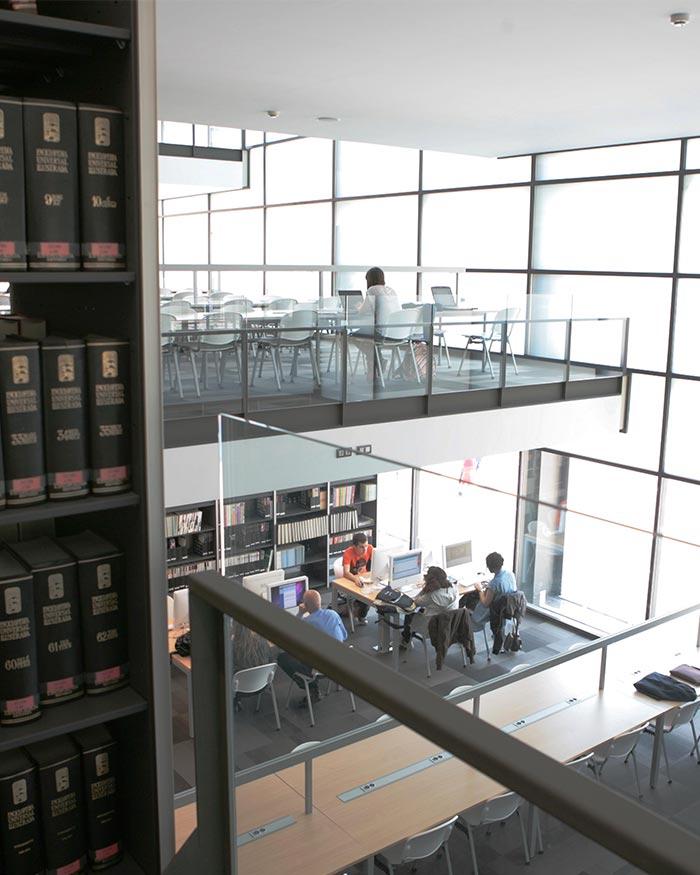 Biblioteca da Fundação de Blanquerna 2